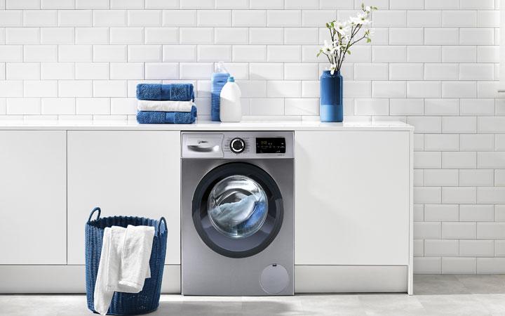Las horas más baratas para poner la lavadora