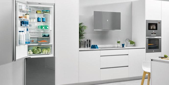 ¿Cómo cambiar la goma de la puerta del frigorífico?